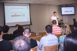 CDL Jovem de Florianópolis recebe o consultor de marketing digital Rodrigo Noll