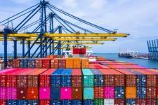 Com novo marco legal do câmbio, comércio exterior será simplificado